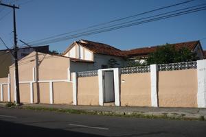 Imagem: Fachada da Residência Universitária 140.