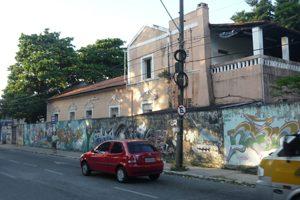 Imagem: Fachada da Residência Universitária 2635.